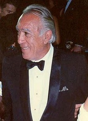 Anthony Quinn About 1999